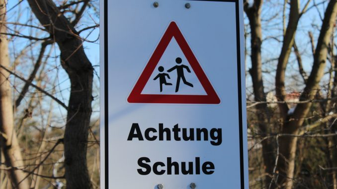 Achtung Schule