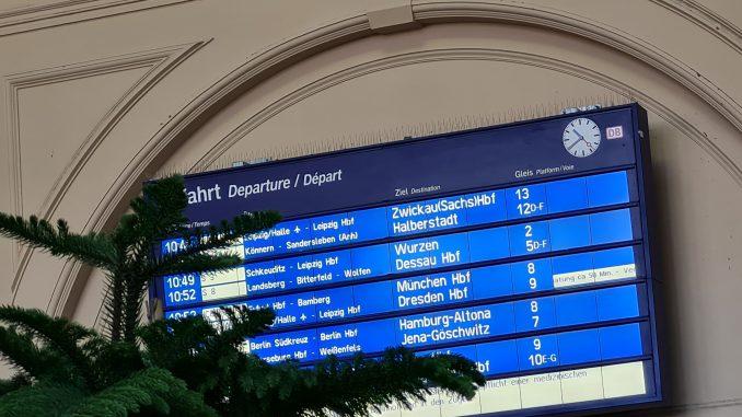 DB Ankunft Zug Deutsche Bahn Bahnhof