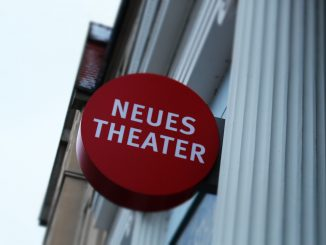 nt Neues Theater