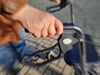 Rollator Senioren Pflege Alter