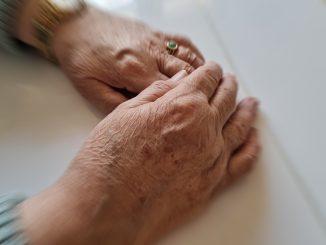 Senioren Alter Pflege Hände